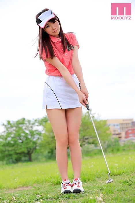 【新作】将来プロゴルファーを目指すアスリート現役女子大生 潮・汗・精液・体液飛ばして吹いてイキまくりAVデビュー!! 2