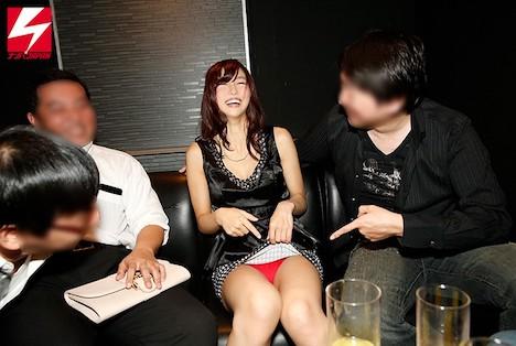 結婚式2次会寝取りナンパカップルで参加していた泥酔美女を彼氏の目の前でラブホ持ち帰りしたパーティー記録映像 清本玲奈