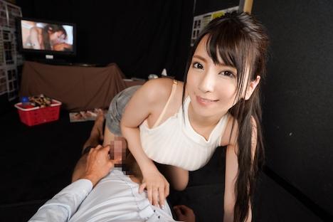 【VR】ビデオBOXで園田みおんのAV鑑賞中に本人登場!そのまま耳元ささやき淫語満載SEX! 7