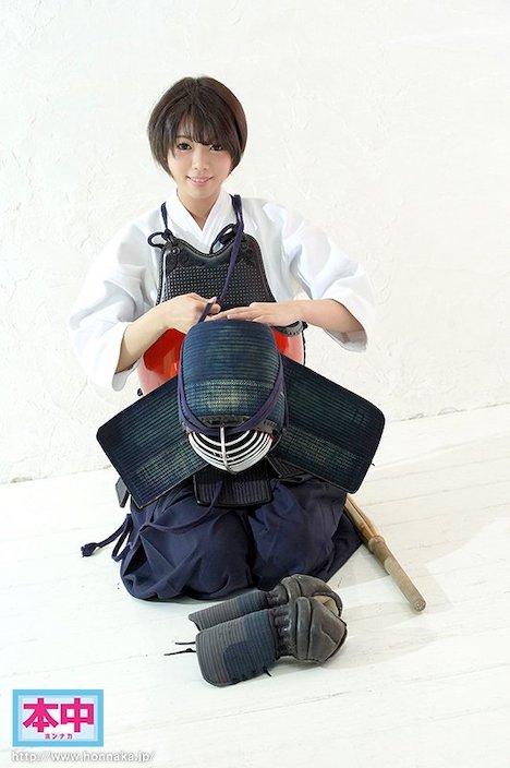 【新作】新人 弱点は中出し突き!敏感すぎてすぐイッちゃう剣道美少女追撃AVデビュー 凪咲いちる 11