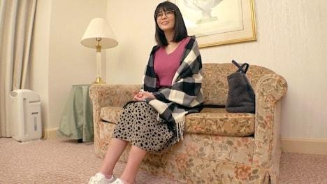 【ARA】【メガネ女子】27歳【毎日オナニー】りんちゃん参上! りん 27歳 仲居 4