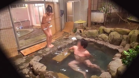 【タオル一枚 男湯入ってみませんか?】なな(20) 推定Fカップ 伊豆長岡温泉で見つけた女子大生 タオル一枚 男湯入ってみませんか? 3