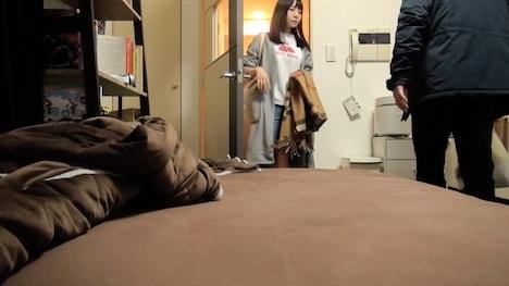 【ナンパTV】百戦錬磨のナンパ師のヤリ部屋で、連れ込みSEX隠し撮り 111 チョコもバナナもチ●ポも美味しくパクリ♪どエロで純情なスレンダー娘が登場! 優衣 22歳 看護師 2