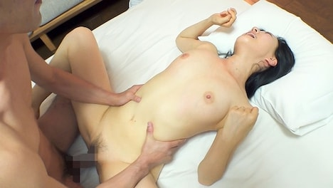 【SOD PREDEBUT】木村ふみ クールな見た目からは想像できない超敏感! 逸材人妻 デビュー前の未公開初SEX 14