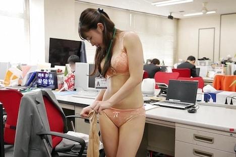 【SOD女子社員】野球拳 総務部 鈴井優子 4