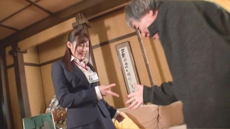 【SOD女子社員】野球拳 営業部 手塚さとり 2