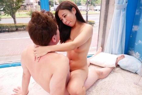 【SODマジックミラー号】みほ(24) 心優しい人妻が男チンの悩みを素股でご奉仕解決! 4