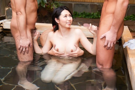 【顔出し!はじらい素人】タオル一枚 男湯入ってみませんか? みほ(32歳)推定Dカップ 3