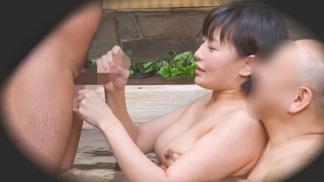 【顔出し!はじらい素人】タオル一枚 男湯入ってみませんか? ともこ(35歳)推定Dカップ 13