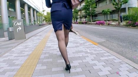 【ARA】【年中発情期】25歳【ウサギ並みの性欲】ももかちゃん参上!人材派遣会社に勤める彼女の応募理由は『発情し過ぎて我慢できなくて…』まだ勤務時間にもかかわらずAV出演! ももか 25歳 人材派遣会社(営業部) 3