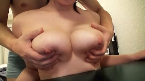【℃素人】ゆかり(32) SNSで引っ掛けたGカップ巨乳でむっつりスケベ体型の人妻! 4