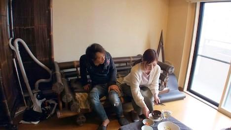 【ハメ撮り大作戦】早苗(35) 某AV男優がプライベートで撮った動画!ごはんを作ってくれる優しさと、Gカップのおっぱいを持ち合わせる美人妻! 2