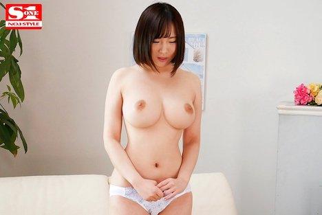 【新作】新人NO 1STYLE 真白真緒AVデビュー 4