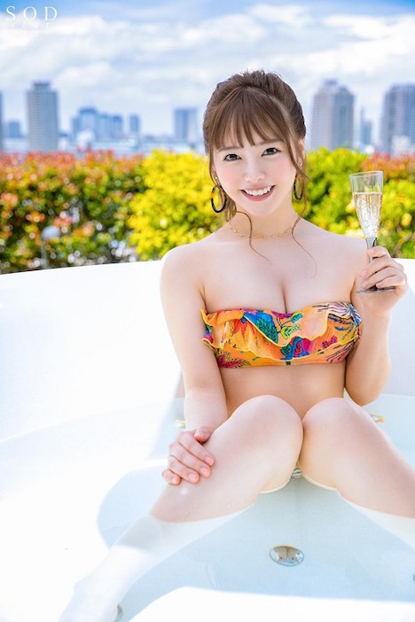 なんか由菜って、リア充で幸せそうでムカつくから好き放題レ×プしてもらったんだ。 小倉由菜