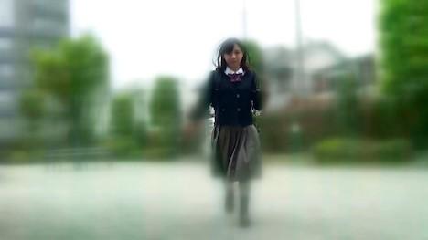 【バイトちゃん】みお(18) ちょっとHなアルバイトに興味津々!18歳のクオーター美少女が制服でドスケベに成長する姿をお楽しみください! 2