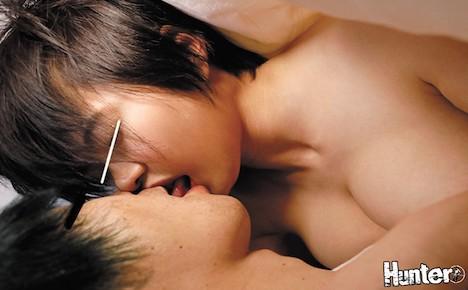 『おっぱい触ってみたい…』『チューしてみたい…』『お尻触ってみたい…』『恥ずかしいから布団の中でならいいよ…でも二人だけの秘密にしてね… 相澤ゆりな