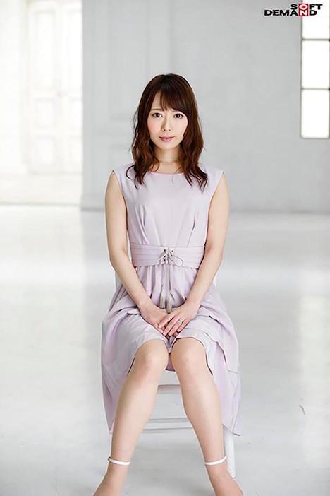 【SOD PREDEBUT】桜井萌 29歳 どこか儚げな顔で微笑んでいるけれど、本当は誰よりもスケベなんだろう? 2