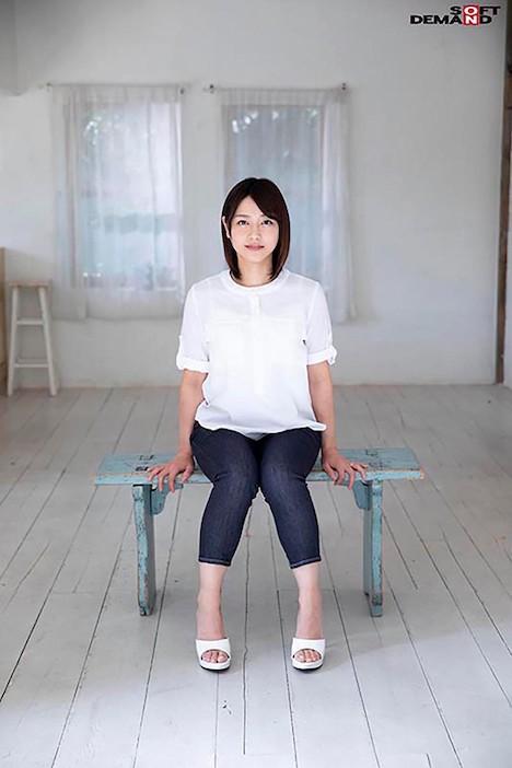 【SOD PREDEBUT】加藤沙季 34歳 あなたの自宅から100m以内にいるかもしれない…そんな、近所の親しみ奥様。 2