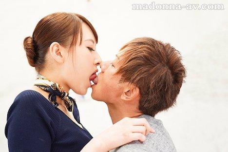 【新作】新人 現役人妻キャビンアテンダント 青山翔 28歳 AVDebut!! 3
