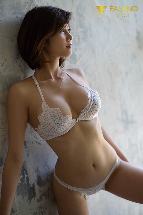 【新作】新人 FALENO star専属 セックスの女神、現る AV DEBUT 美乃すずめ 7