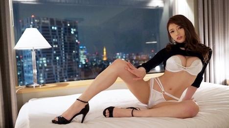 【ラグジュTV】ラグジュTV 1188 妖艶すぎる美人女医再び!変わらない美スタイルや騎乗位の官能的な腰使いは健在。細い腰を掴み、後ろから穿たれるとビクビクと体を震わせて快感に酔いしれる。 高宮美鈴さん 29歳 女医 3