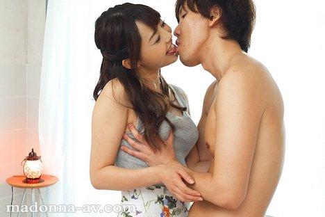 【新作】某有名ドラマ出演―。元子役タレントの人妻 谷花紗耶32歳 AV Debut!! 5