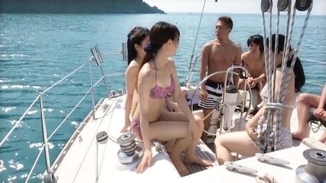 【黒船】【水着クルーズ合コン】ヤル気満々セクシー服で来た女子大生みくりちゃん!スタイル抜群&敏感ギャルと太陽の下でハメを外してハメまくる!仲良し女子に大乱射! 2