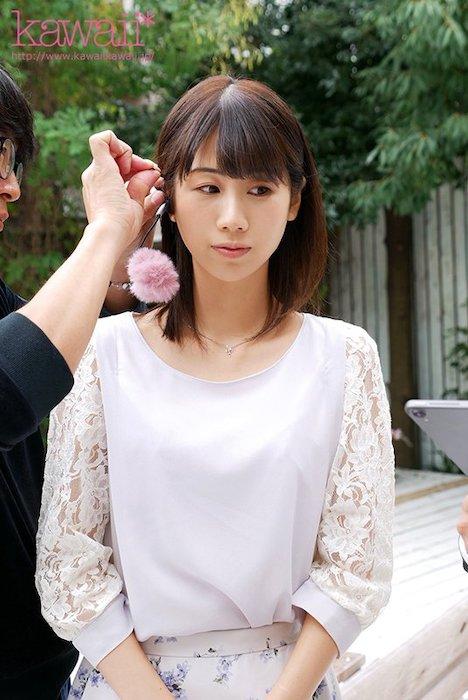 【新作】あの女子アナに似てる!とミスコンで話題になった現役女子大生 加藤いおりAVデビュー 9