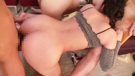 【黒船】【クラブナンパ】華金だし理性残さずド淫乱セックス開始!キツマ〇コのパリピ女子達と潮吹き&生ハメ大会!!カメラもびちょびちょにしちゃうw桃尻がキュートなカナちゃん♪ 13