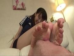 スポーツ少女の足臭を嗅ぎまくりたい!
