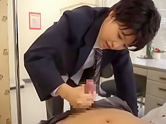 美男子(男装)のクラスメイトの手コキが倒錯的すぎて何か目覚めてしまいそう・・