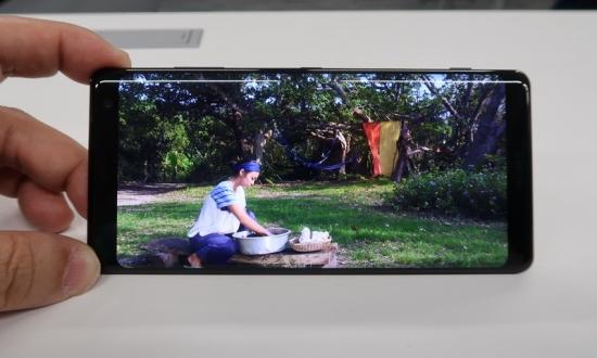 video_o Xperia XZ3