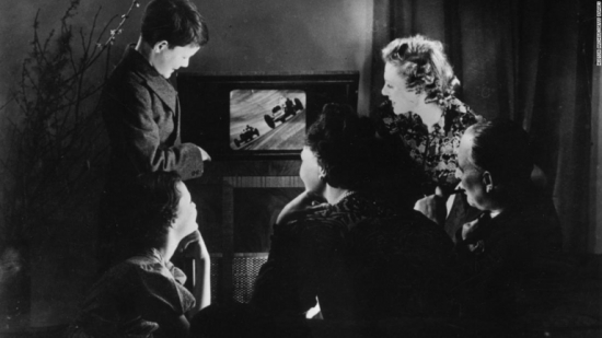 family-watching-television-1938-super-169_.jpg