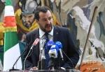 【イタリア】ドイツで難民申請を却下された移民をチャーター機でイタリアに送還する計画に内相「空港を閉鎖する」