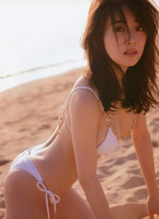 泉里香44
