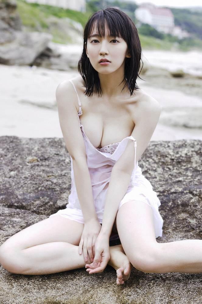 吉岡里帆71