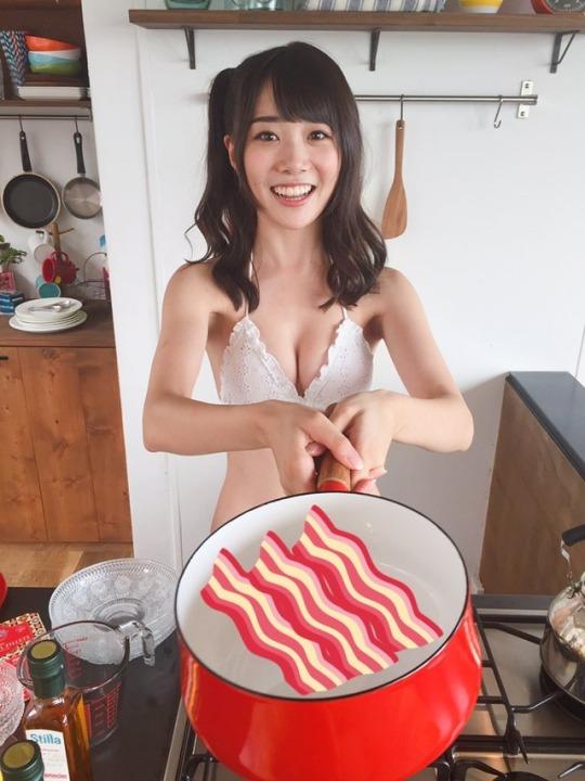 鶴見萌17