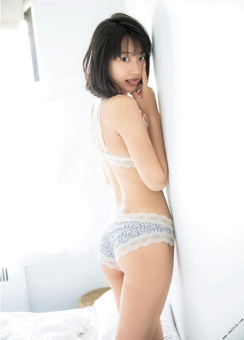 武田玲奈8