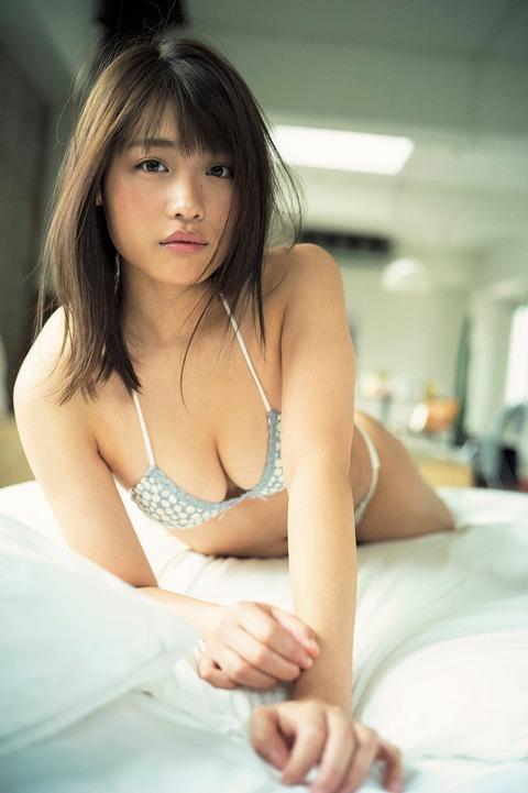 石田桃香19