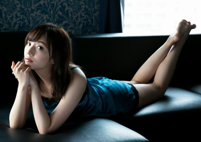 新内眞衣30