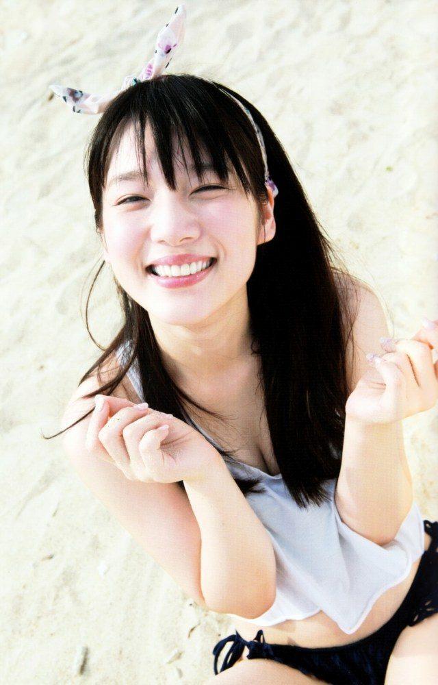 内田真礼201