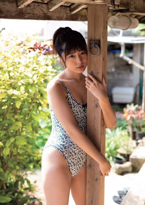 吉田莉桜52