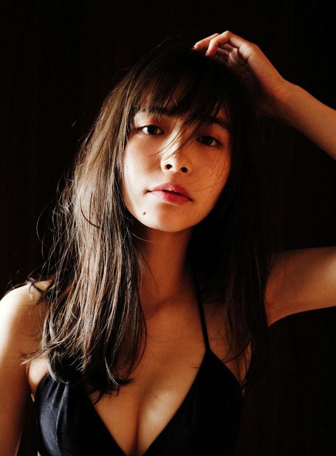 井桁弘恵50