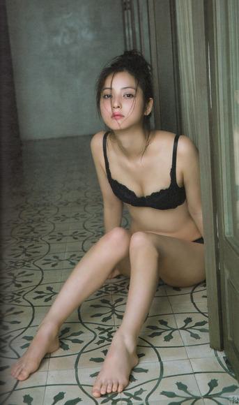 佐々木希65