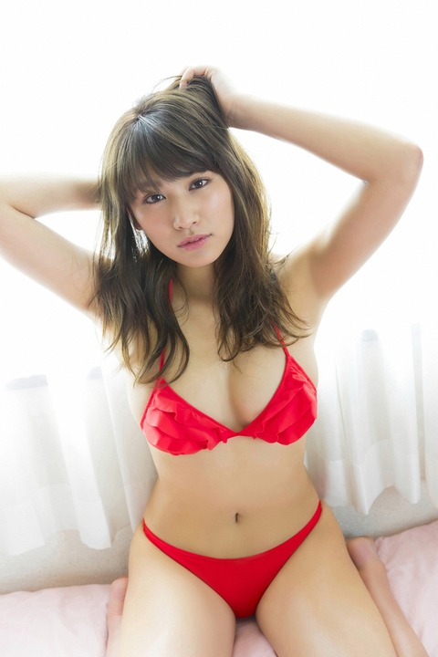 久松郁実24