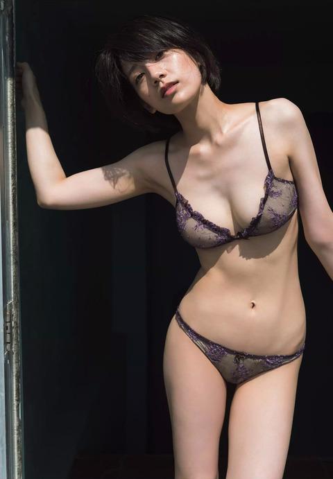 佐藤美希57
