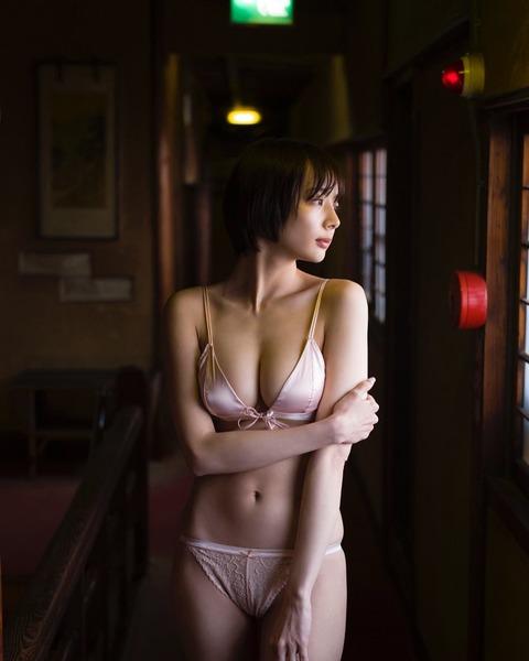 岡田紗佳16