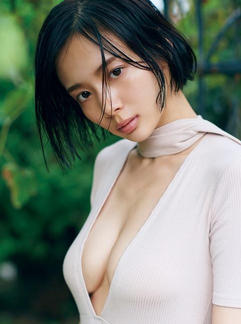 岡田紗佳24