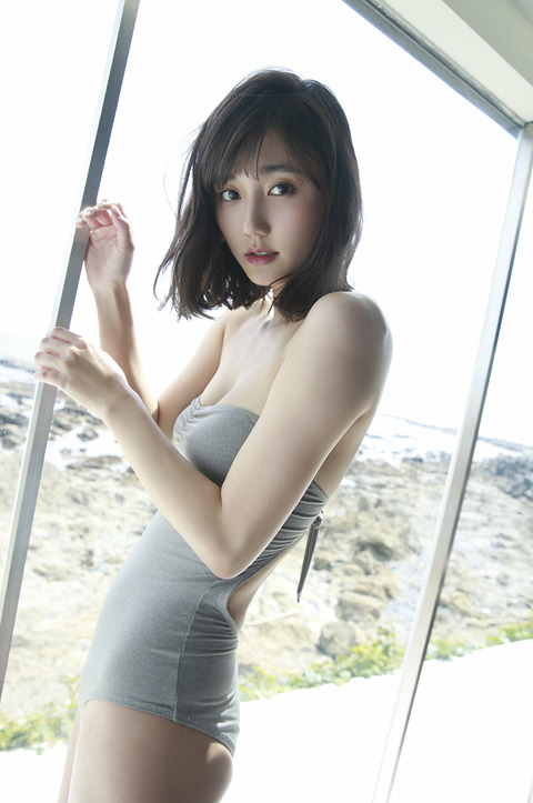 鈴木友菜22