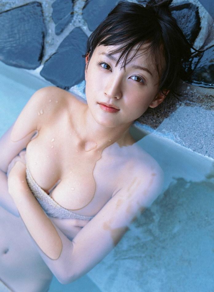 小松彩夏85